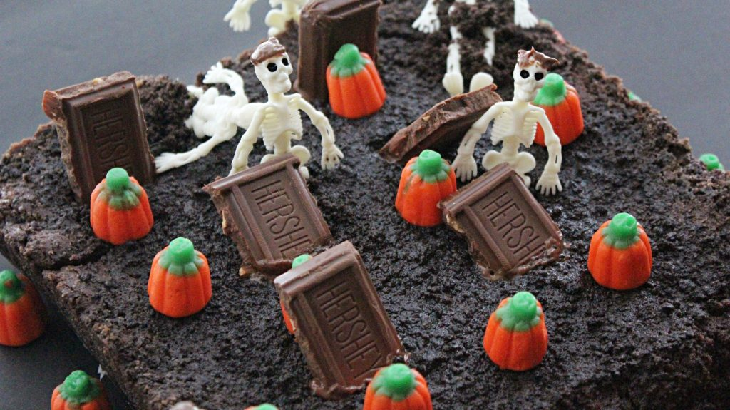 Halloween Oreo Brownie