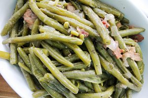 Fresh Green Beans Seasoned With Onion and Bacon
